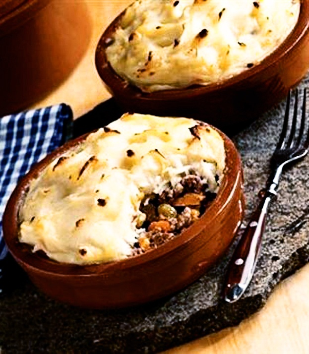57 best meat pies images on pinterest cooking food meat pies and 30 min shepherds pie recipe forumfinder Images