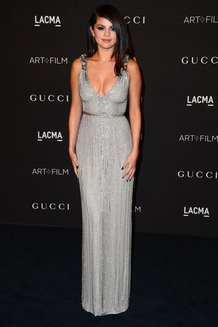Selena Gomez, un vestido impresionante. Aunque no termina de convencerme su pelo.
