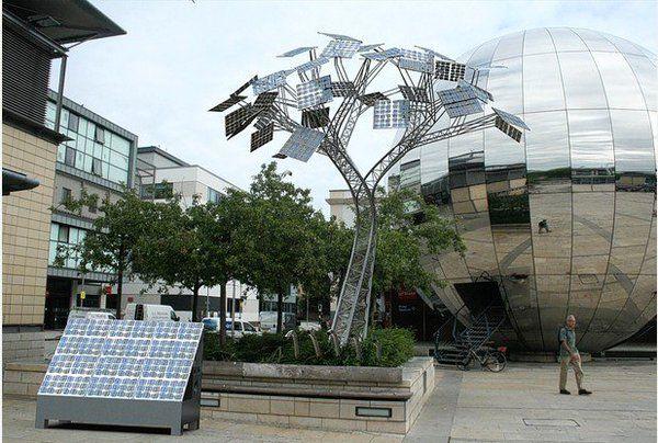 Bristol mostra que cidades podem fazer para combater a mudança climática http://www.cbc.ca/news/technology/cop21-climate-change-bristol-1.3347443 … #renewables #cycle