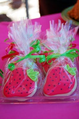 Bella Grace Party Designs: {REAL PARTY} Strawberry Shortcake Birthday
