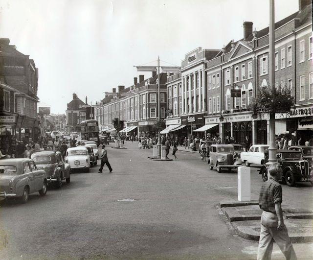 The Charter Inn (right, next to Waitrose), High Street, Epsom, September 1958.