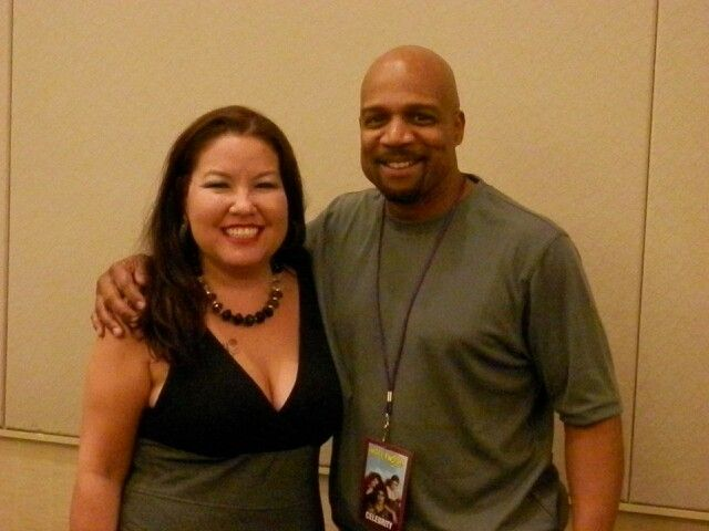 W/Haywood Nelson @ The Hollywood Show.  He was nice & smelled great!  ;)  ♡