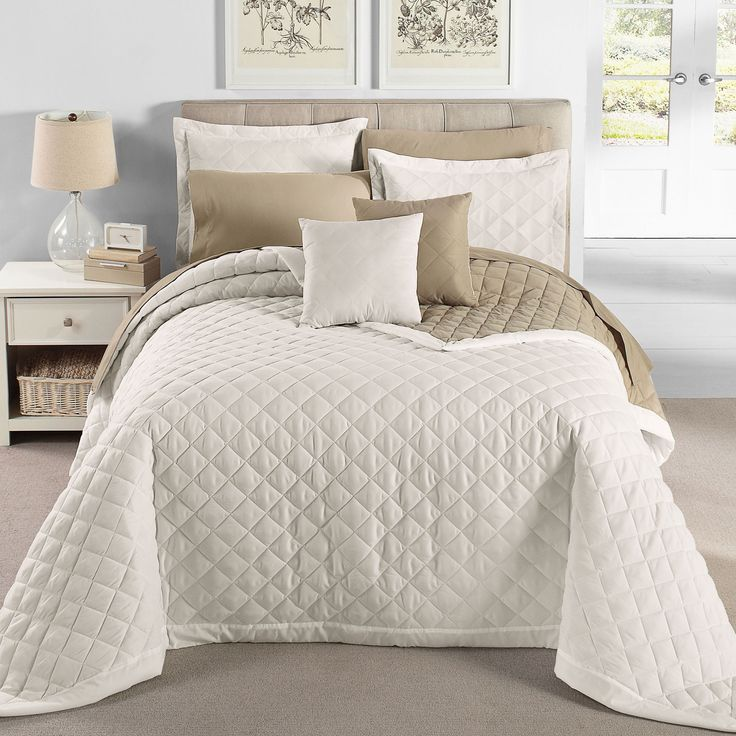 38 Best Images About Bedspread Ideas On Pinterest Quilt