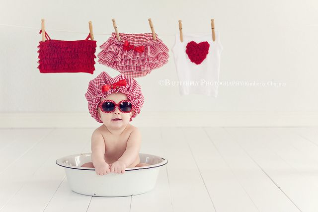 Wash Tub - how cute is this pose!