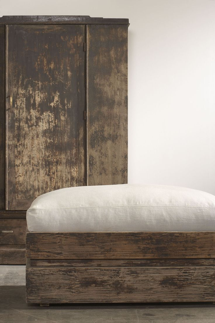 natural non toxic finish on reclaimed wood www.clubcu.com