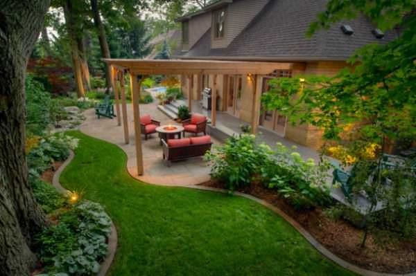 I like that the patio shape varies from the roof shape.