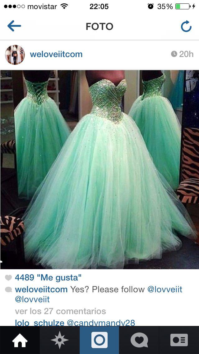 Green dress!!
