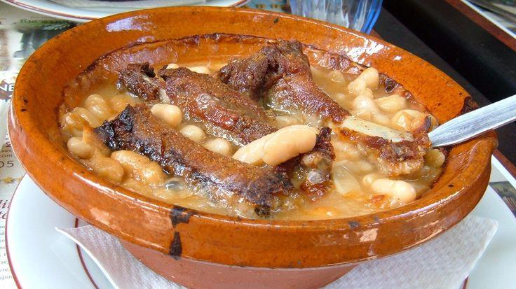 La vraie soupe au pistou, avec ses légumes du sud, son ail et son basilic ! C'est parti pour de la gastronomie marseillaise, capitale européenne du goût et du Pistou!