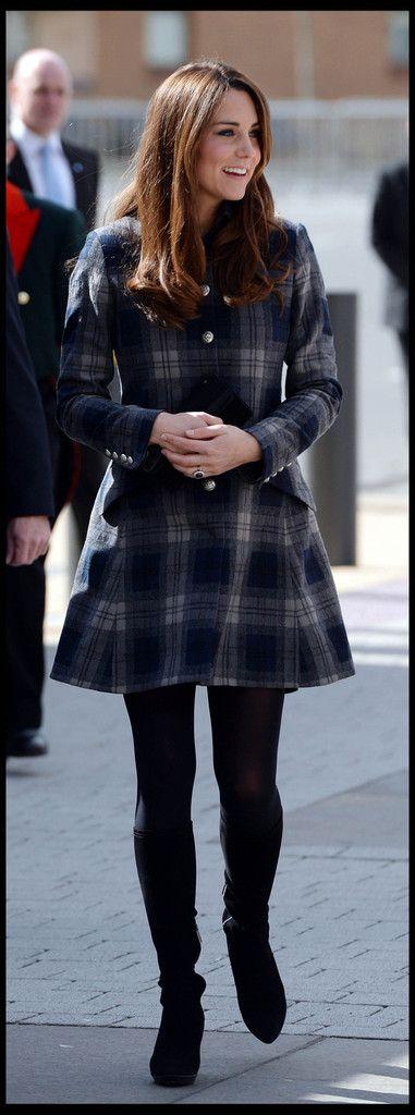 Kate Middleton Photo - Prince William and Kate Middleton Visit Glasgow 4