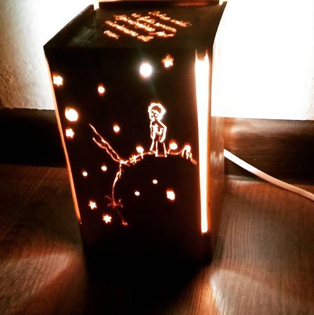 Mały Książe #misiowedrewienka #lampki #woodlamp #swiatlo #handmade #zabawki #gadżet #drewno #decor #design #lamp #diy #zróbtosam #oświetlenie #światło #lampkanocna #zabawkidrewniane #wood #wooddecor #wooddesign #drewniane #nature #toys #woodworking #woodwork #szlifowaniedrewna #gadżet #zabawkizdrewna #kidstyle #kidsroom #malyksiaze
