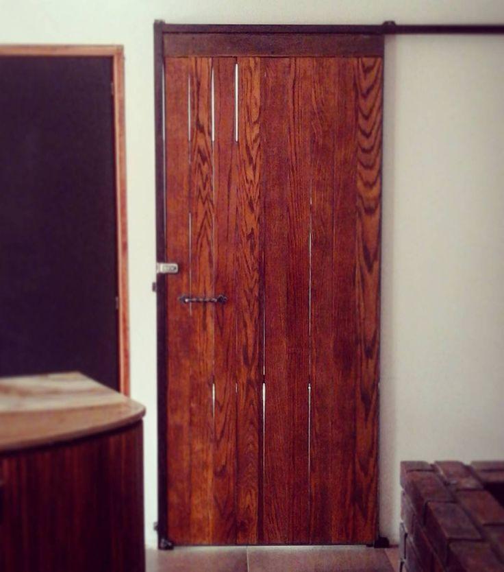 l Puerta de encino y herrería l #farmhouse #industrial #door #puerta #encino #designandbuild #industrialdesign