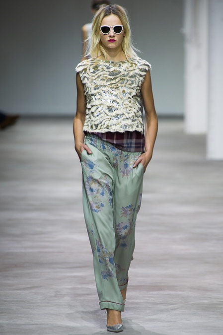 PARIS SPRING 2013 RUNWAY : DRIES VAN NOTEN its collections like this that make me want to cross dress! Ahhhhhhhhh: Fashion, Vans, Spring Summer, Noten Spring, Ss 13, Notes Ss13, Spring 2013