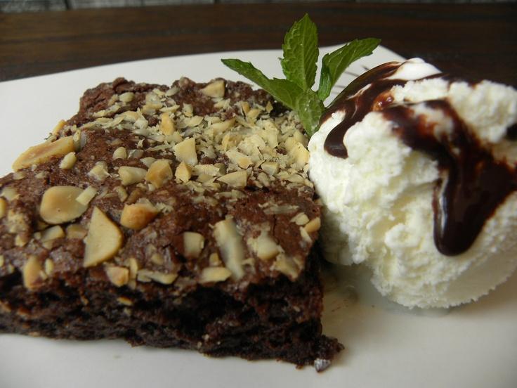 Brownie artesanal con helado