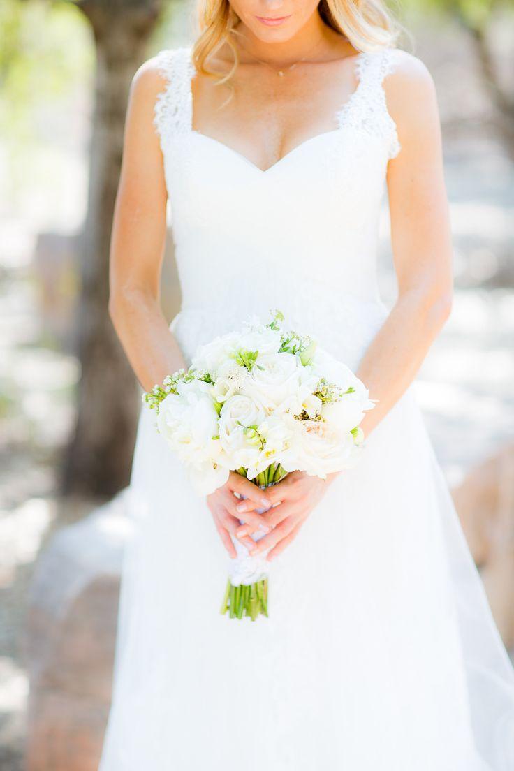 affordable wedding photographers in los angeles%0A Los Angeles Estate Garden Wedding