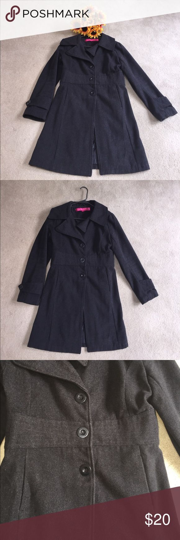 🌻PARIS HILTON PEACOAT GRAY SIZE LARGE🌻 Gray peacoat by Paris Hilton. Worn a few times but great condition. Tagged a size large. Would need a lint roller upon arrival 😏 Comes from pet friendly (and human friendly so don't spazz if a strand of my hair is noticed), smoke free home. No trades and no model. Paris Hilton Jackets & Coats Pea Coats