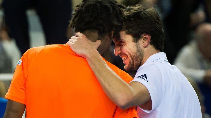 Monfils-Simon au 1er tour, Pouille-Gasquet au 2e, Nadal-Kyrgios au 3e : ce sera chaud à Madrid ! - Masters Madrid 2017 - Tennis                     Nick Kyrgios peut déjà se relever les manches. Le bouillant australien va vivre une semaine compliquée à Madrid la semaine p... http://www.eurosport.fr/tennis/masters-madrid/2017/monfils-simon-au-1er-tour-pouille-gasquet-au-2e-nadal-kyrgios-au-3e-ce-sera-chaud-a-madrid_sto6154665/story.shtml