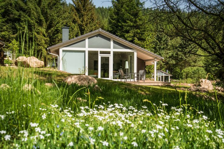 Jeder gute Urlaub fängt mit der richtigen Unterkunft an. Wie wäre es beispielsweise mit einem außergewöhnlichen Ferienhaus?