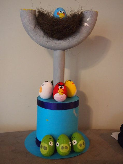 Angry Birds Easter hat! So cute if I had the stuff Coleton would have been wearing this to school today!