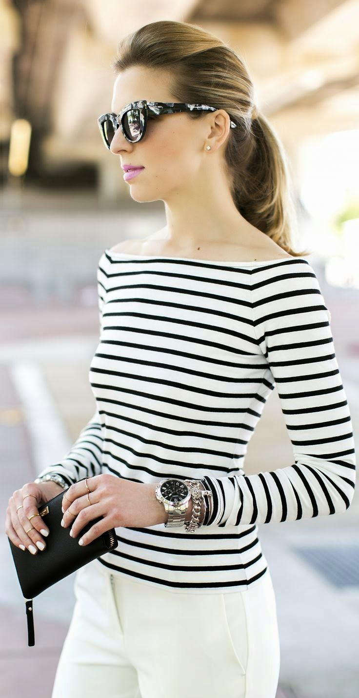 Off the shoulder striped tee