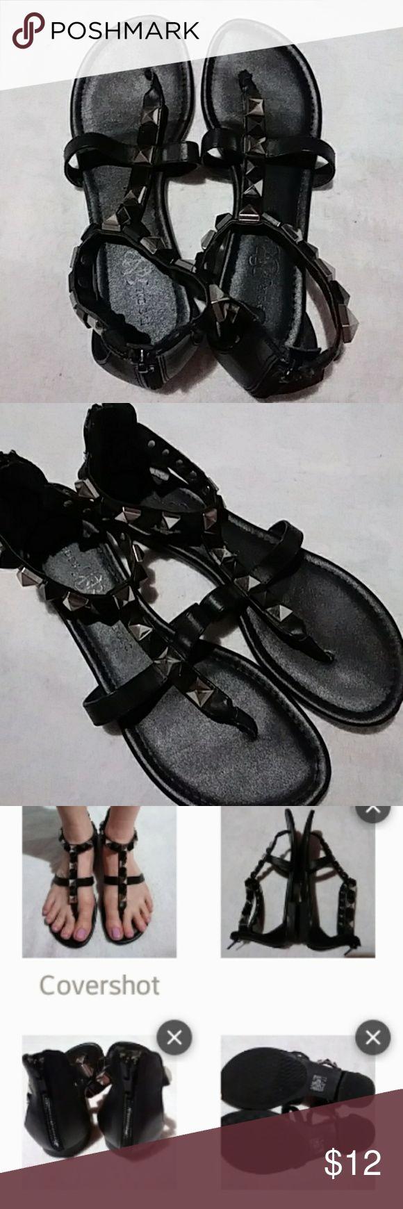 "Rock & Republic Studded Thongs ROCK & REPUBLIC Black & Silver Studded Thong Sandals Women's Size 8.5 Med Zips Up Back * 1/2"" Heel Man Made: Upper, Lining, Socklining & Outersole *EUC* Rock & Republic Shoes Sandals"