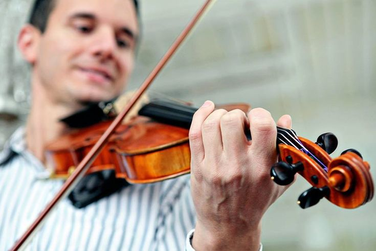 This post was written by Michael Sanchez - violin teacher and creator of Violin Tutor