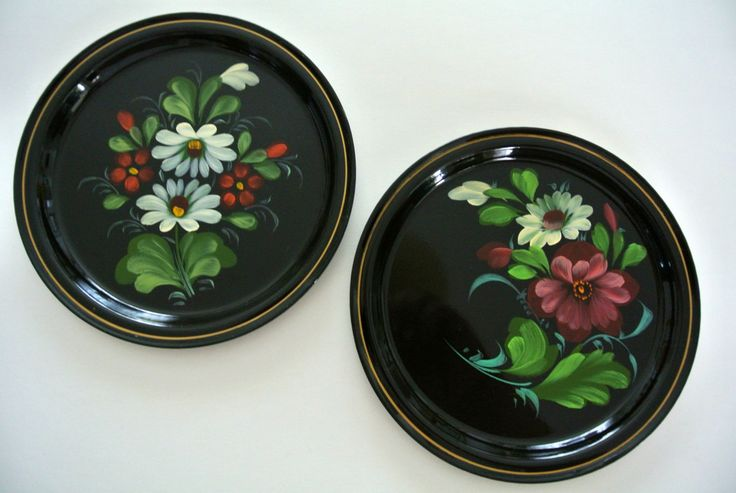 "2-TWO-Vintage ""Toleware"" Tin Trays-Hand-Painted-Flowers-Pennsylvania Dutch by LongTallSallys on Etsy"