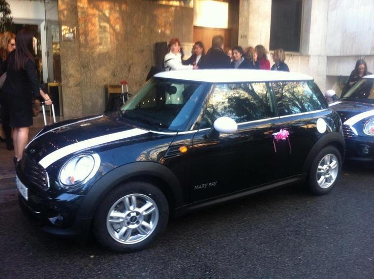 Nuevo Mini Cooper, coche oficial para Directoras de Mary Kay España www.marykay.es/casti