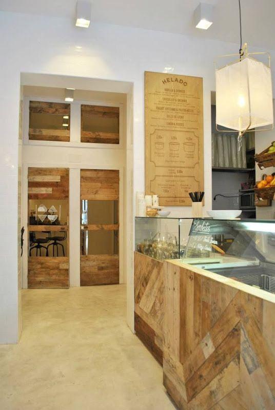 Maderas sin tratar para el mobiliario y mostradores for Mobiliario para cafe bar