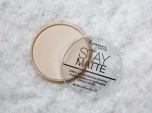 The Beauty Milk: Review: Rimmel Stay Matte Powder in Transparent