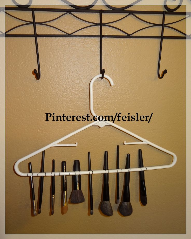 How i dry my Makeup brushes ! click pic to find out more on how to take care of your brushes