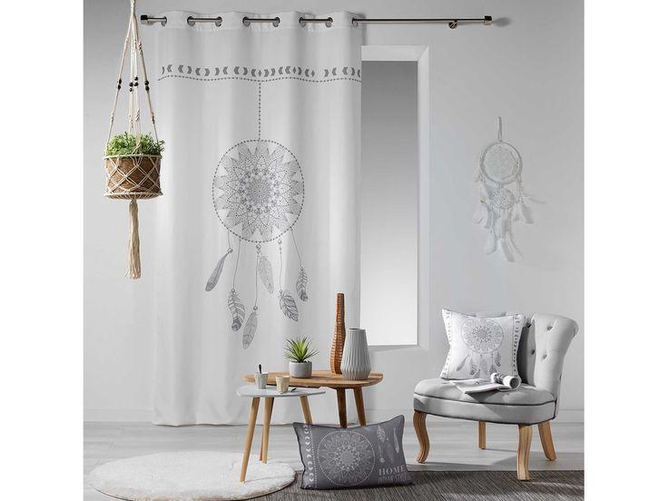 Moderné závesy do obývačky s pierkami
