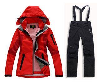 Pas cher Livraison gratuite brand New hiver femmes combinaison de ski mis veste en plein air + pantalons de ski coupe vent imperméable sport neige costumes de ski, Acheter Randonnée Vestes de qualité directement des fournisseurs de Chine: