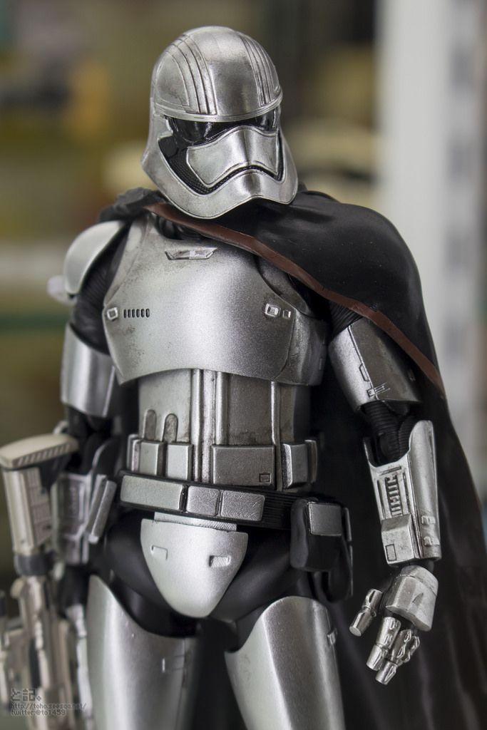 Bandai x Star Wars The Force Awakens S.H.Figuarts CAPTAIN PHASMA on display: Photo Report http://www.gunjap.net/site/?p=272561