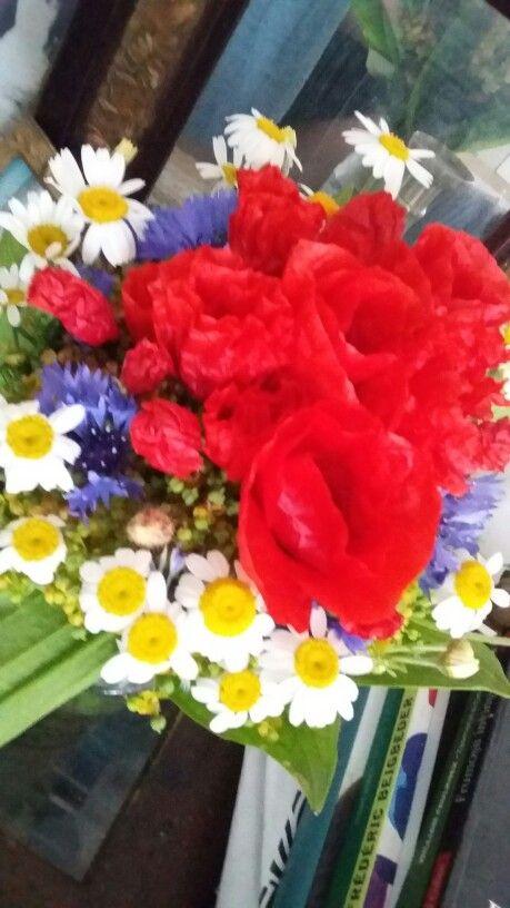Vernisaj Temeiuri 9, flori de la Luminita S.