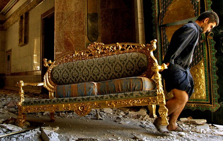 abandoned saddam hussein palace art saddam hussein 39 s. Black Bedroom Furniture Sets. Home Design Ideas
