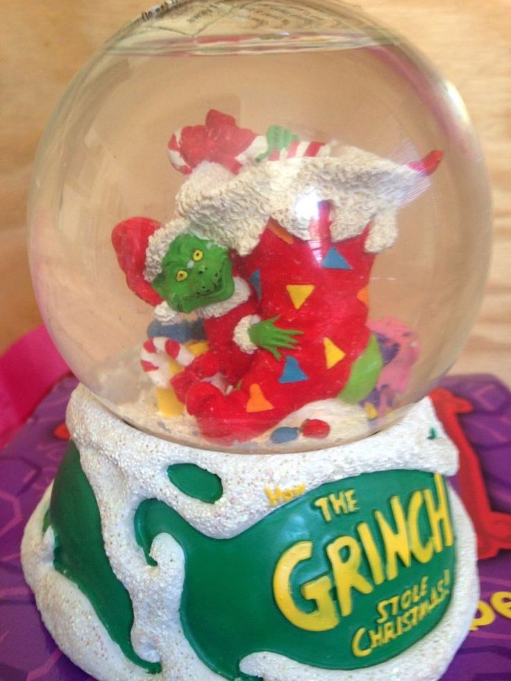 25+ best ideas about Christmas Snow Globes on Pinterest ...