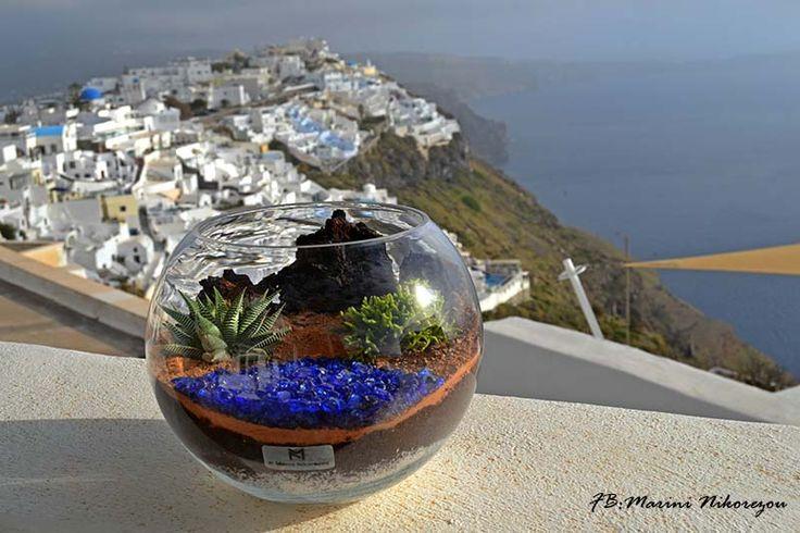 Santorini Terrarium - Red Beach