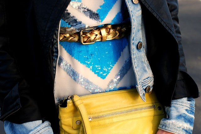 Outfit photo tips: Sequins Chevron, Jeans Jackets, Saia Mini-Sequins, Taylors Sterling, Yellow Bags, Blue Yellow, Black Gold, Hello Yellow, Yellow Accent