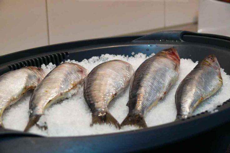 Cocinar pescados a la sal sin que queden olores en nuestra cocina es muy fácil con el recipiente varoma de nuestra thermomix