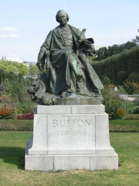 Buffon, Georges-Louis Leclerc Comte de  (1707-1788) Naturwissenschaftler, Mathematiker, Biologe, Geologe, Kosmologe und Autor, Begründer der Biogeographie Denkmal m Jardin des Plantes Paris