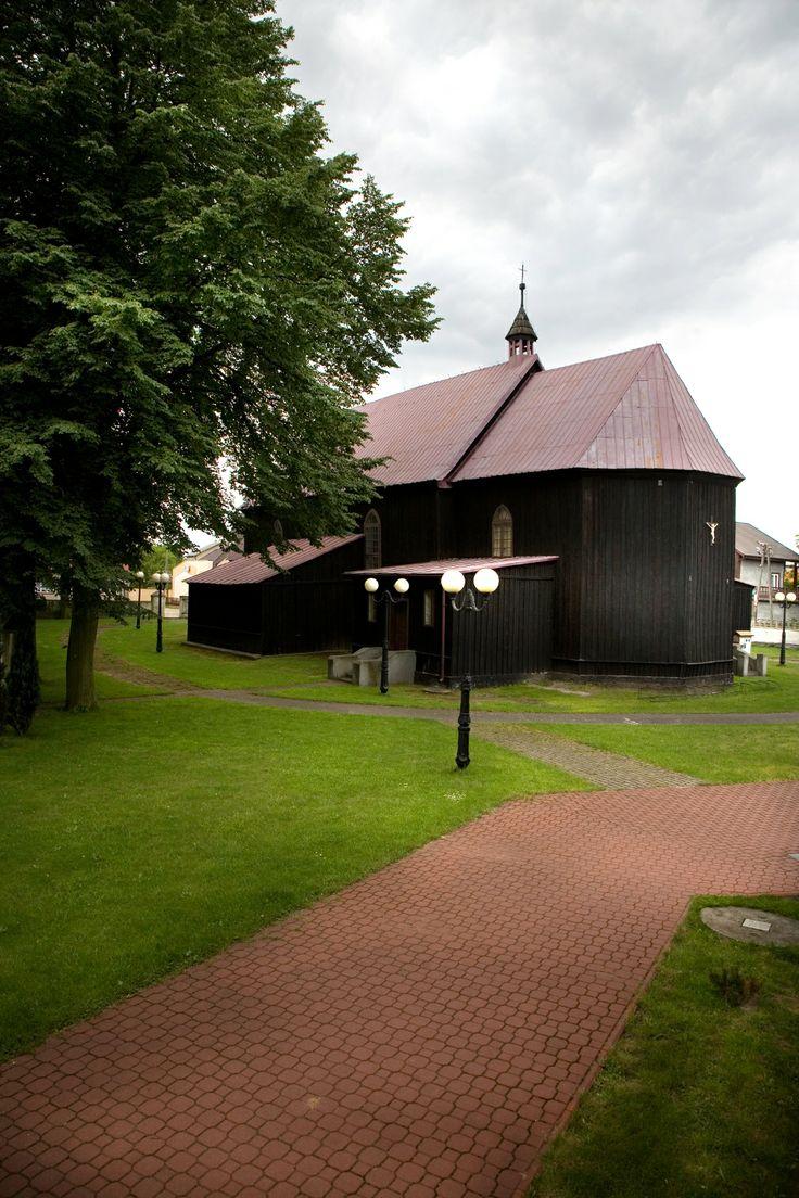Kościół św Stanisława Biskupa Męczennika i św Mikołaja Biskupa w Malanowie. Swojskie Klimaty.