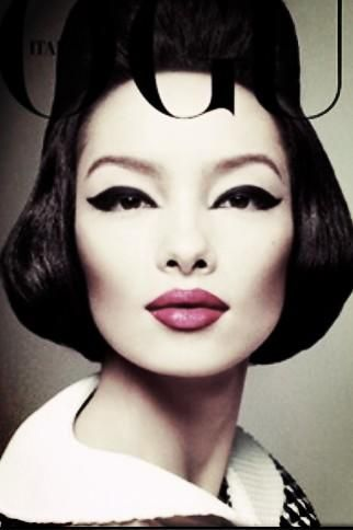 The new cover of Italian Vogue: by Steven Meisel and stunning make up by Pat McGrath #ItalianVogue #vintagelook