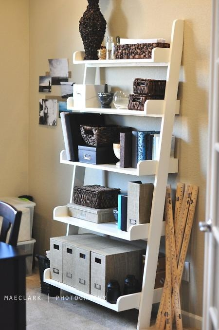 ladder shelf decorating idea for the shelves in the kitchen