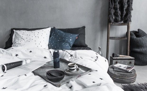 Minimalistická ložnice | Happy Friday