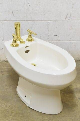 Find This Pin And More On Vintage Bathroom Tubs And Sinks By Casalvage.