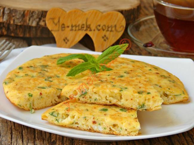 Peynirli Omlet Böreği Resimli Tarifi - Yemek Tarifleri