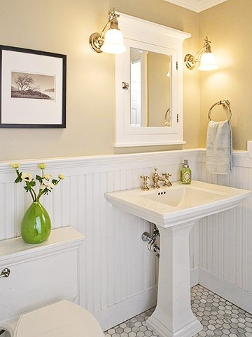 Like the floor tile, LOVE the bead board and square sink