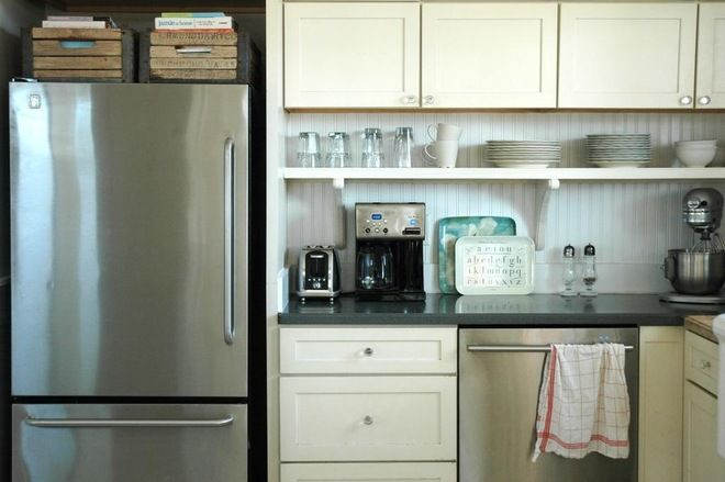 Great extra storage add with open shelving kitchens for Additional shelves for kitchen cabinets