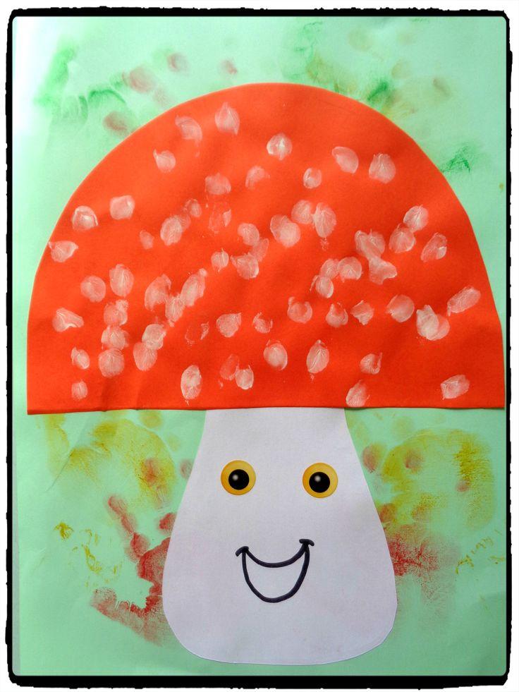 Bricolage champignon en empreintes de doigts, bricolage automne, enfants
