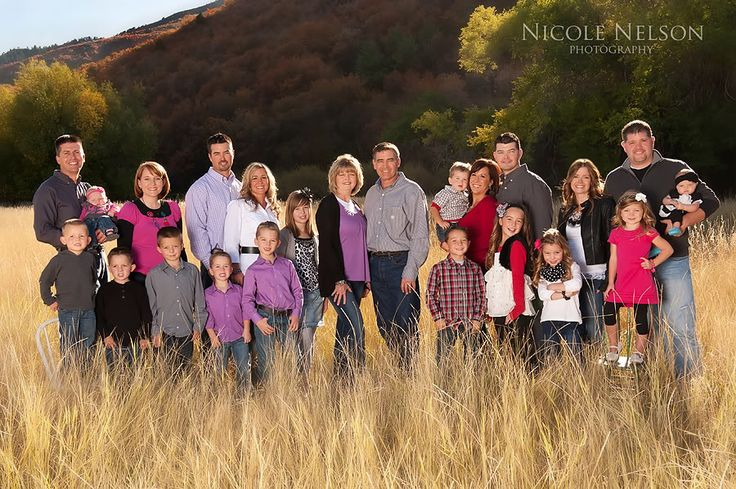 large family photo: nicole's pixie dust photography